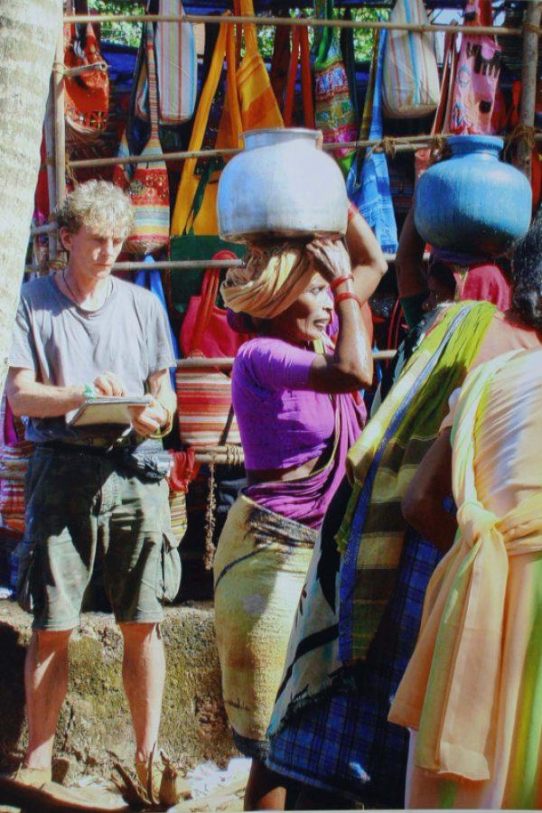 Zeichnen am Brunnen, Indien 2008
