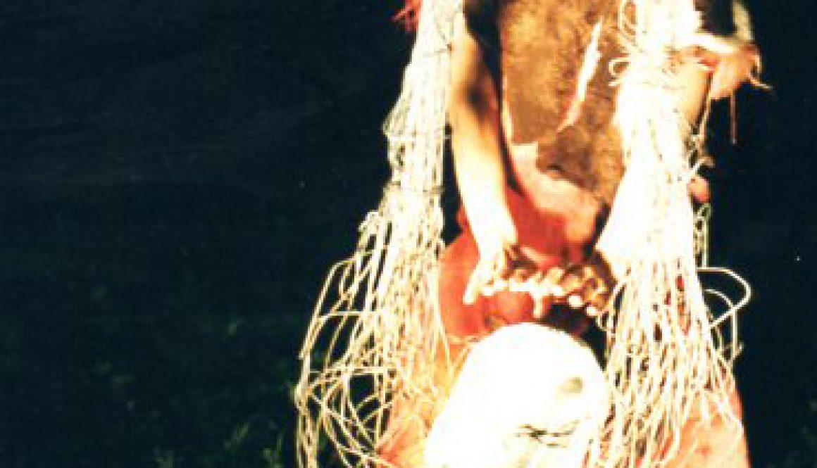 """Torsten Schlüter, """"Tulipamwe"""", Performance, Kunstfest Weimar, 1997"""